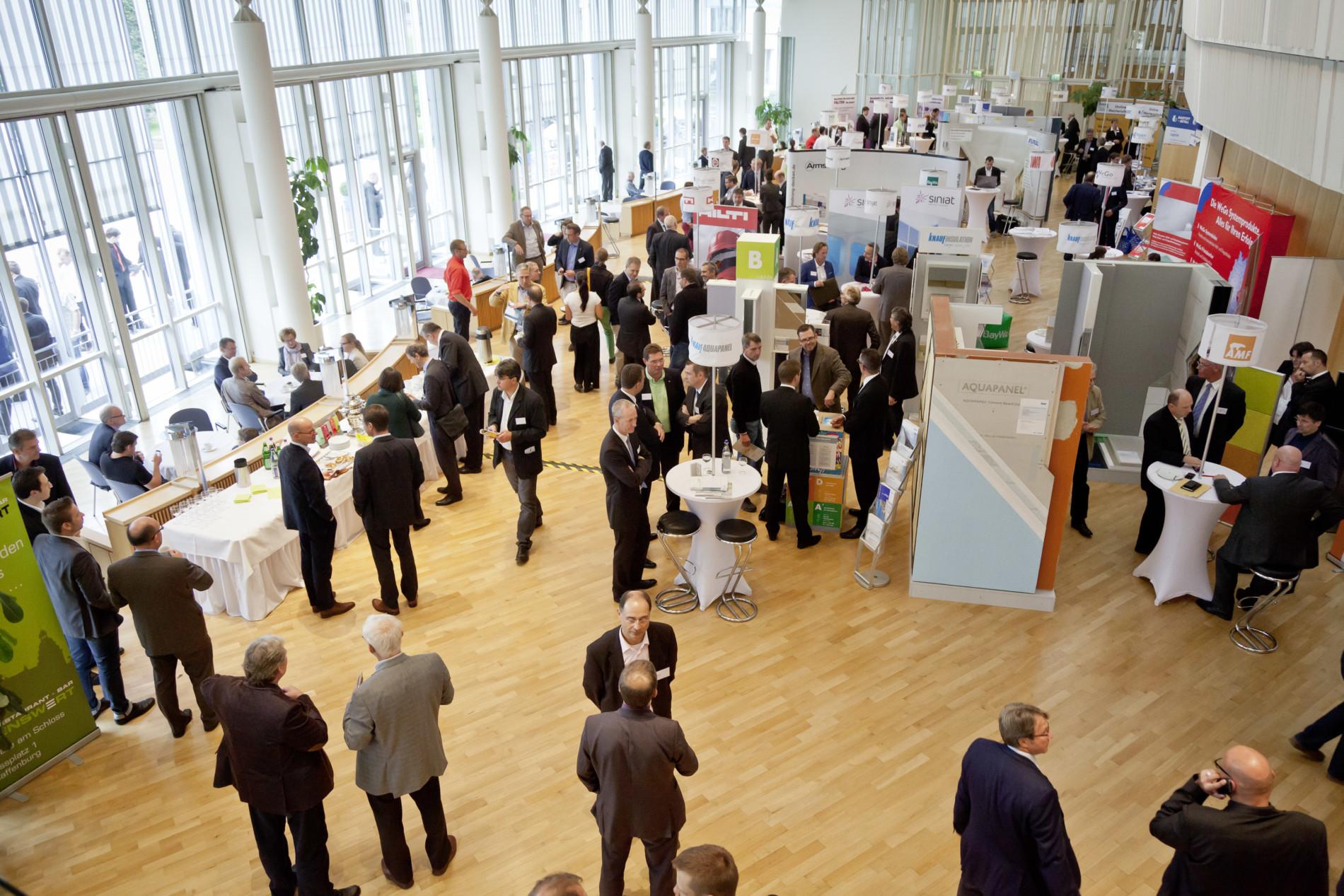 itf - Internationales Trockenbau Forum 2013, 26. und 27. September 2013 in der Stadthalle von Aschaffenburg, Foyer der Stadthalle